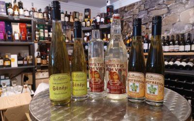 Liqueurs du Queyras et pastis